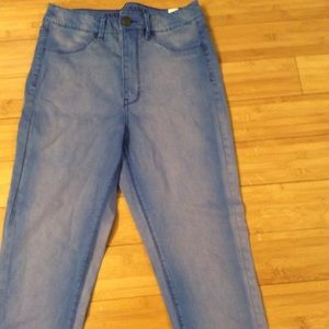 American Eagle skinny jeggings size 8 faded blue